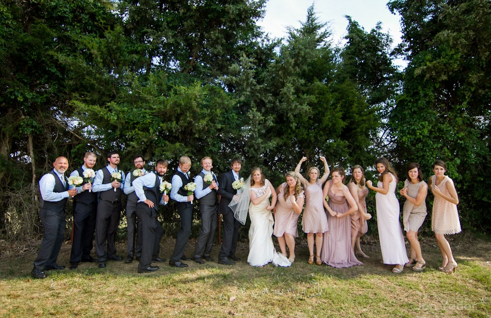 hilarious bridal party group pictures