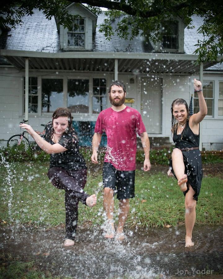 splashing picture